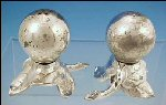 W.B. MFG. CO. / WEIDLICH BROS. Silver Plate Art Deco Salt & Pepper Shakers Leaf & Berry Design