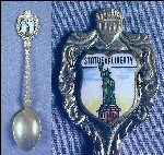 Vintage STATUE OF LIBERTY Enamel Collectible Souvenir Spoon Made in Holland