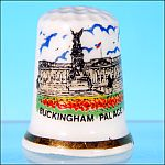Vintage Bone China Souvenir Sewing Thimble BUCKINGHAM PALACE, LONDON